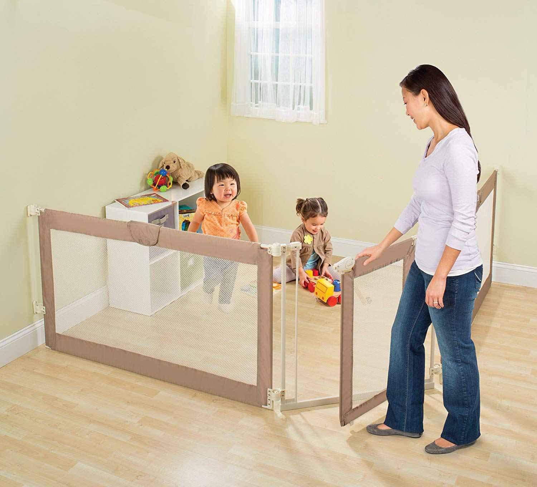 Summer Infant Custom Fit Gate - Brown